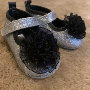 Silver Sparkly Baby Girl Dress Shoes Size 1